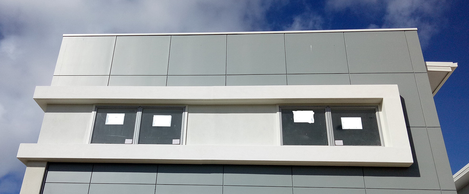 modern corporate building window features and facades Gold Coast Australia