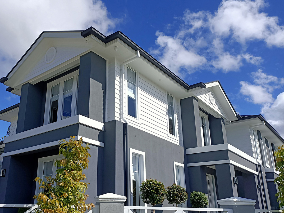 Hamptons style exterior features and mouldings gold coast Australia